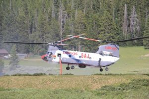Crater Ridge Fire helicopter working