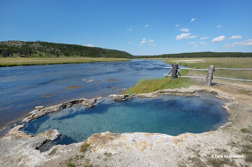 Maidens Grave Spring, Yellowstone